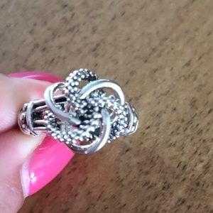 Lagos knot ring